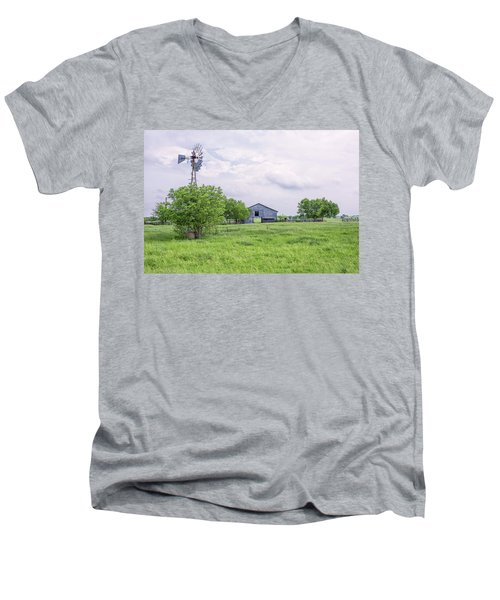 Texas Windmill Men's V-Neck T-Shirt