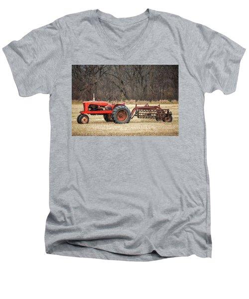 The Ol' Wd Men's V-Neck T-Shirt