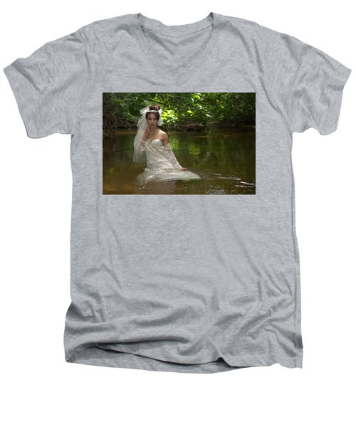 Trash The Dress Men's V-Neck T-Shirt