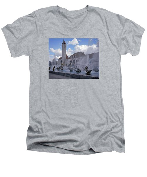 Men's V-Neck T-Shirt featuring the photograph Union Station - St Louis by Harold Rau