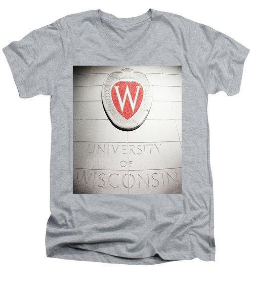 Uw Crest Men's V-Neck T-Shirt