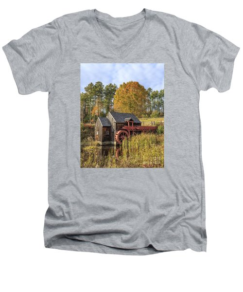 Men's V-Neck T-Shirt featuring the photograph Vermont Grist Mill by Edward Fielding