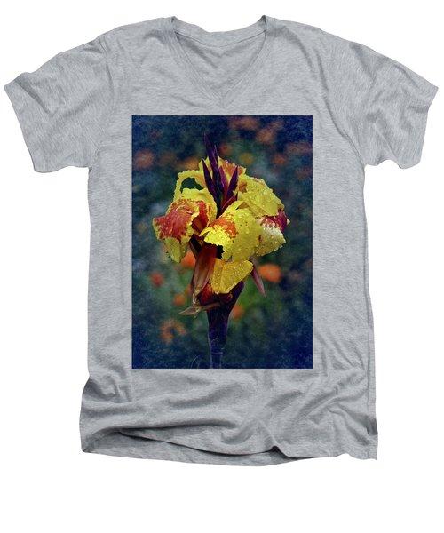 Vintage Canna Lily Men's V-Neck T-Shirt