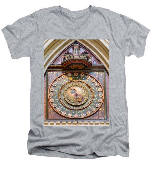 Wells Cathedral Clock Men's V-Neck T-Shirt