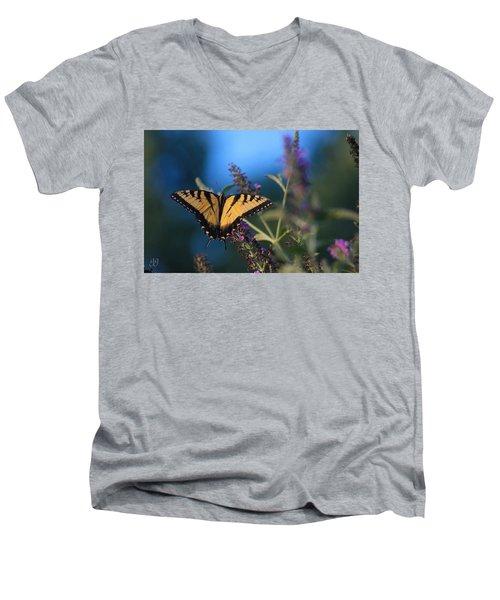 Summer Flight Men's V-Neck T-Shirt