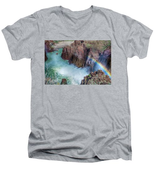 10883 Rainbow Over Owyhee Men's V-Neck T-Shirt