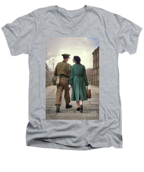 1940s Couple Men's V-Neck T-Shirt by Lee Avison