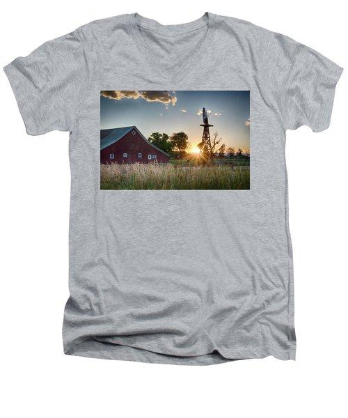 17 Mile House Farm - Sunset Men's V-Neck T-Shirt