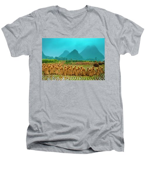 Beautiful Countryside Scenery In Autumn Men's V-Neck T-Shirt