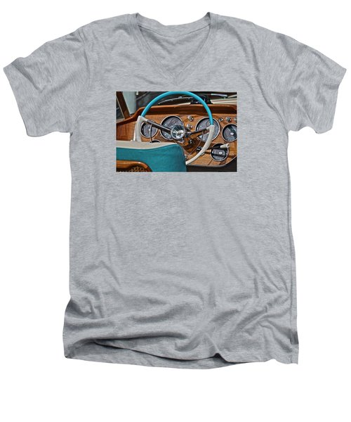 Classic Riva Men's V-Neck T-Shirt