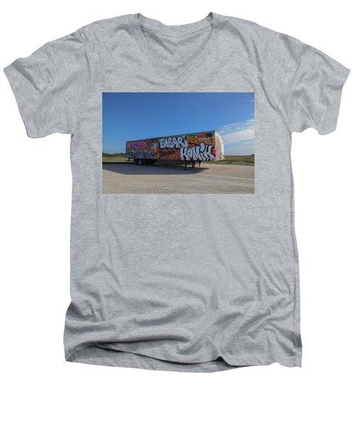 18 Wheeler Art Men's V-Neck T-Shirt