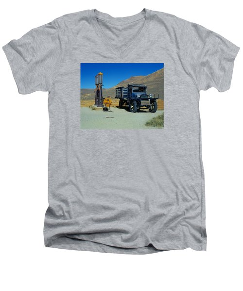 1927 Dodge Graham  Men's V-Neck T-Shirt