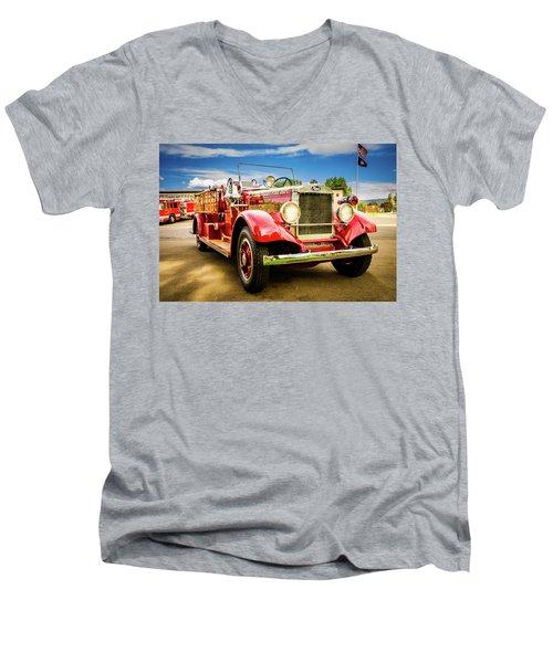 1931 Mack - Heber Valley Fire Dept. Men's V-Neck T-Shirt