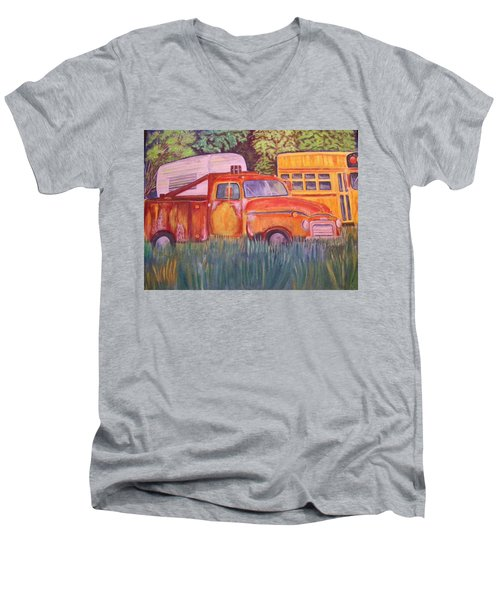 1954 Gmc Wrecker Truck Men's V-Neck T-Shirt