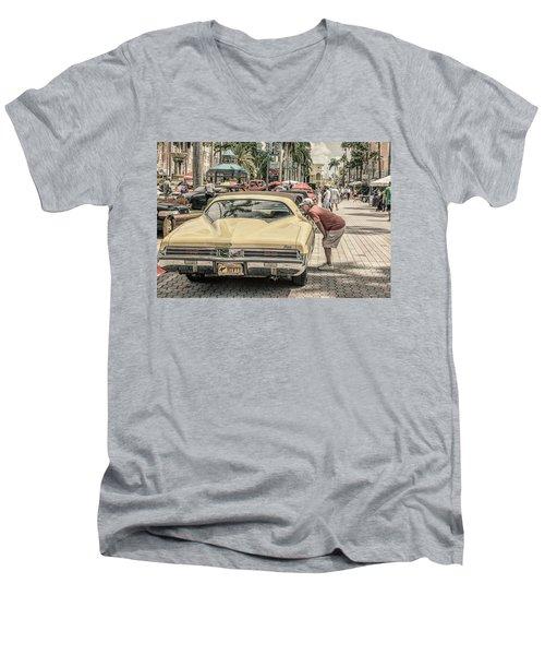 1973 Buick Riviera Men's V-Neck T-Shirt