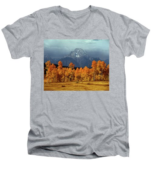 1m9235 Mt. Moran In Autumn Men's V-Neck T-Shirt