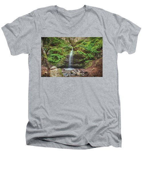 Men's V-Neck T-Shirt featuring the photograph A Little Bit Of Love by Laurie Search