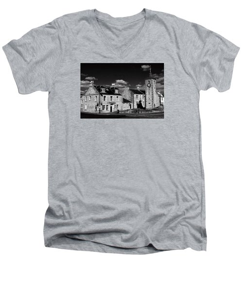 Clackmannan Men's V-Neck T-Shirt