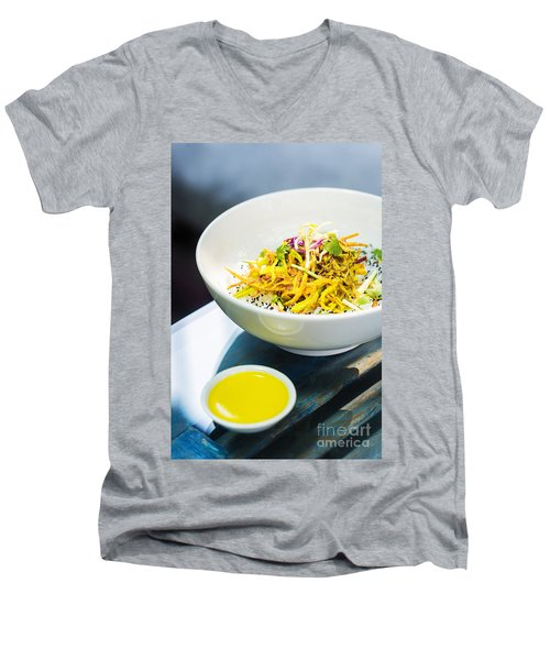 Curry Sauce Vegetable Salad With Noodles And Sesame Men's V-Neck T-Shirt