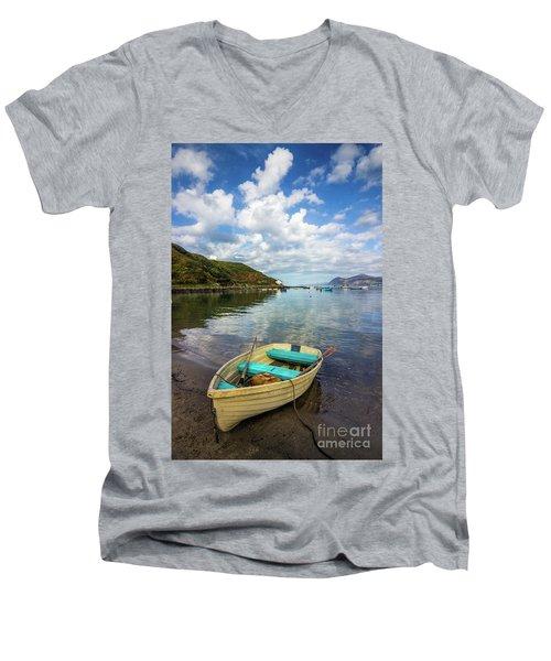 Morfa Nefyn Men's V-Neck T-Shirt