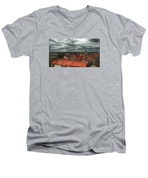 Norwich Men's V-Neck T-Shirt