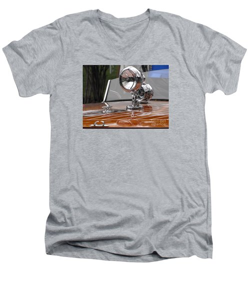 1050's Outboard Runabout Men's V-Neck T-Shirt