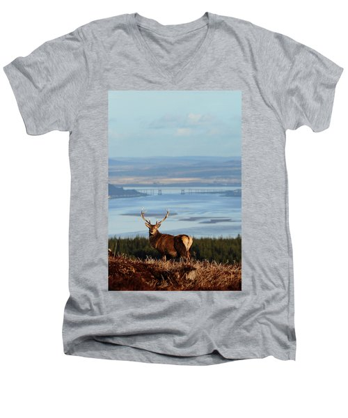 Stag Overlooking The Beauly Firth And Inverness Men's V-Neck T-Shirt