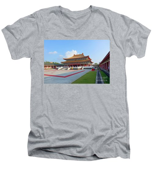 The Confucius Temple In Kaohsiung, Taiwan Men's V-Neck T-Shirt