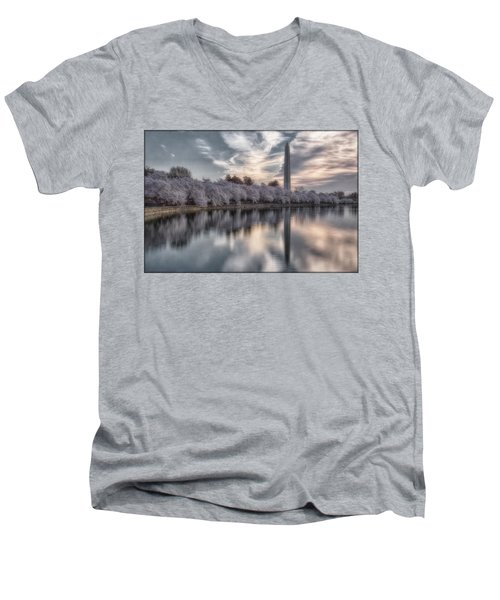 Washington Sunrise Men's V-Neck T-Shirt