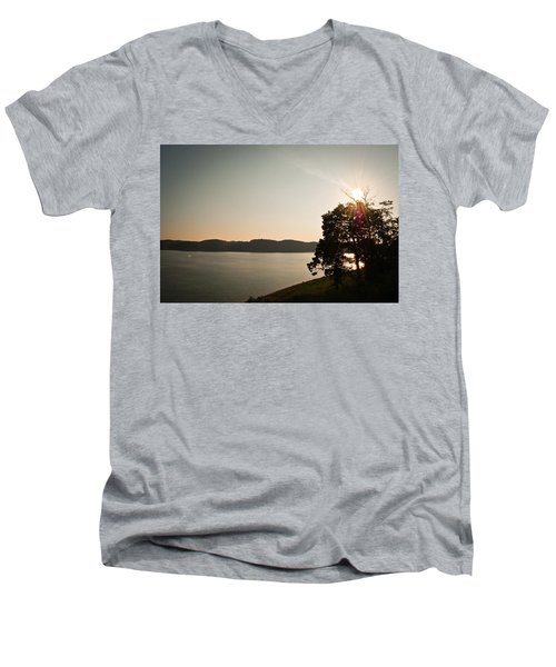 Lake Cumberland Sunset Men's V-Neck T-Shirt