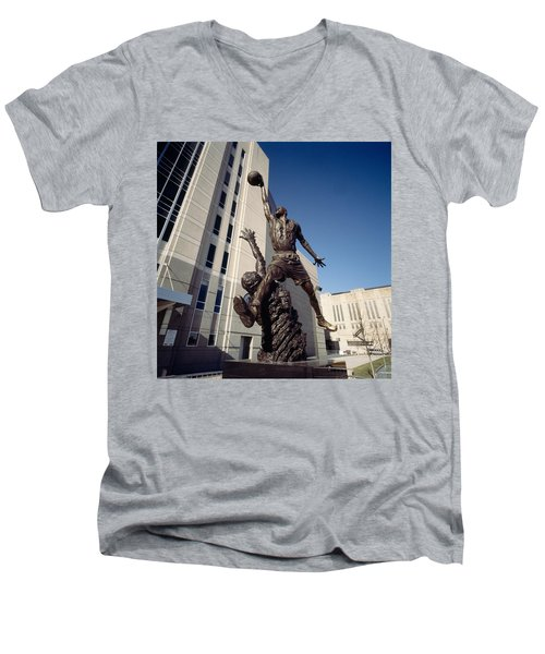 Low Angle View Of A Statue In Front Men's V-Neck T-Shirt