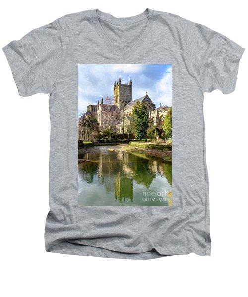 Wells Cathedral Men's V-Neck T-Shirt