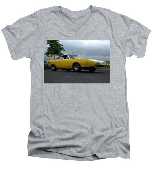 1970 Plymouth Roadrunner Superbird Men's V-Neck T-Shirt