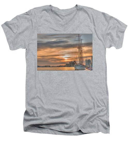 Toronto Men's V-Neck T-Shirt