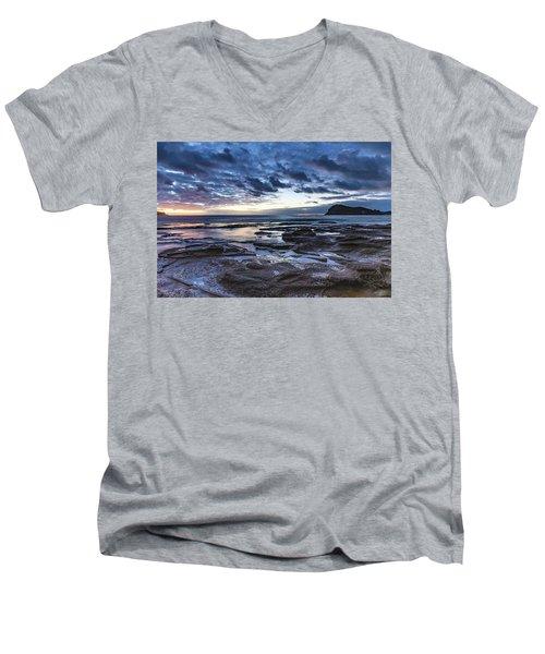 Seascape Cloudy Nightscape Men's V-Neck T-Shirt