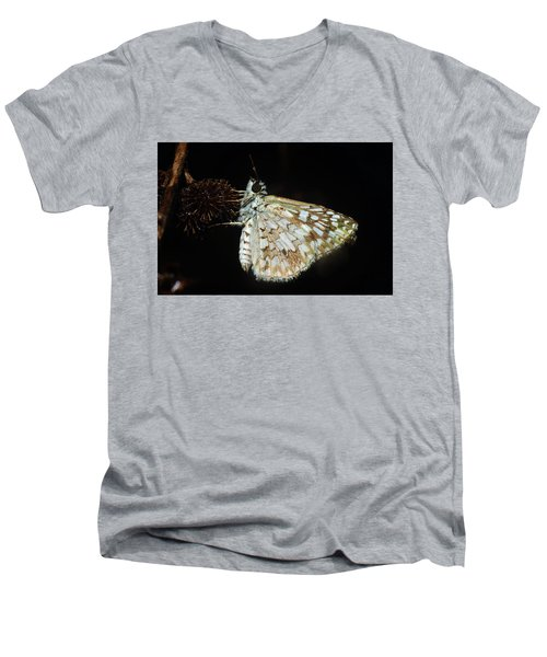 Skipper Men's V-Neck T-Shirt