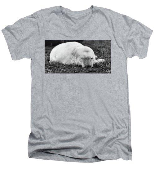 40 Winks Men's V-Neck T-Shirt