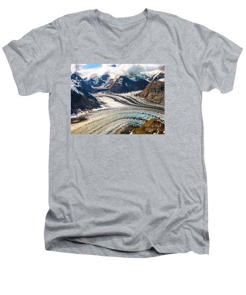 Denali National Park Men's V-Neck T-Shirt