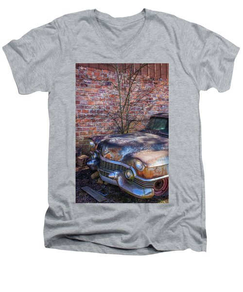 50s Cadillac Men's V-Neck T-Shirt