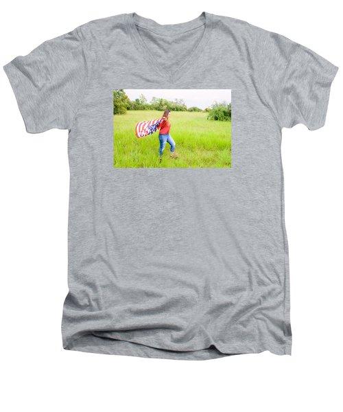 5640-2 Men's V-Neck T-Shirt