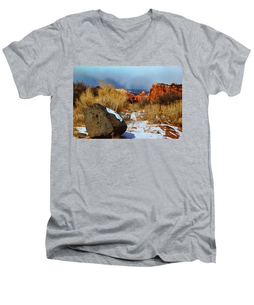 Captiol Reef National Park  Men's V-Neck T-Shirt