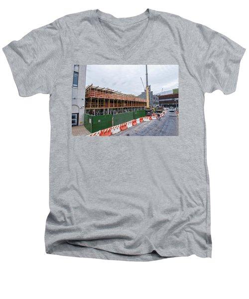 670 Pacific 1 Men's V-Neck T-Shirt