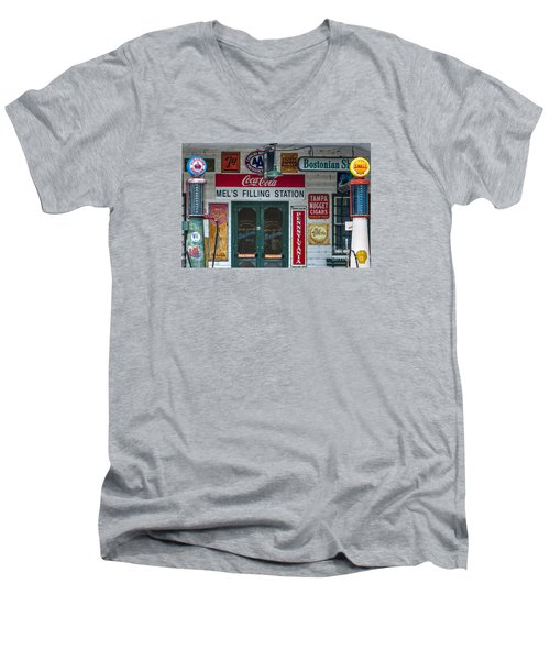 7up Men's V-Neck T-Shirt