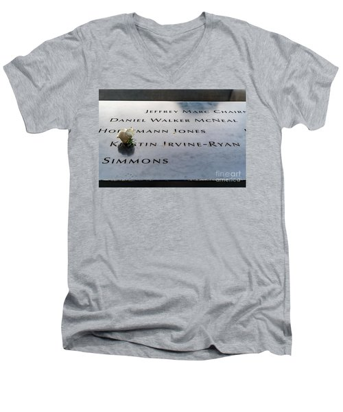 9-11 Remembrance Men's V-Neck T-Shirt