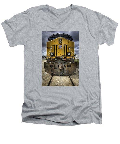 9662 Men's V-Neck T-Shirt