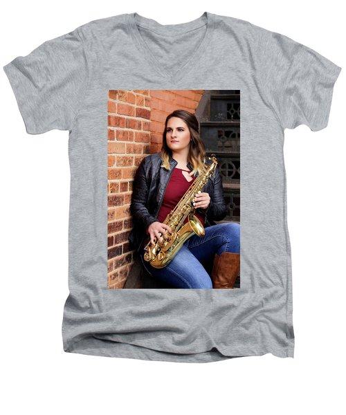 9g5a9476_e_pp Men's V-Neck T-Shirt