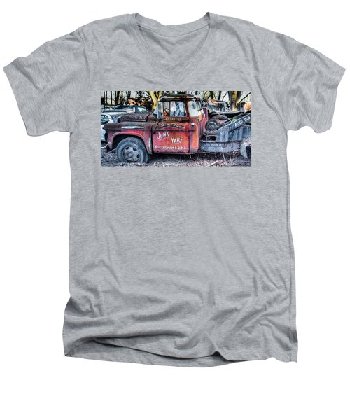A Beautiful Rusty Old Tow Truck Men's V-Neck T-Shirt