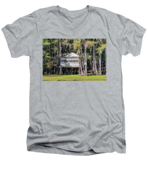 A Boggy Tea Room Men's V-Neck T-Shirt