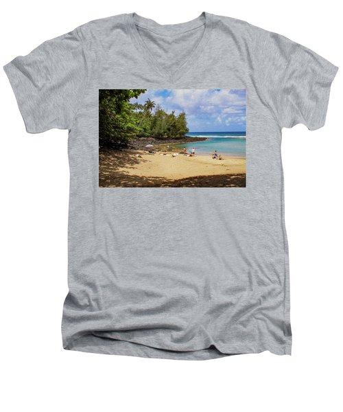 A Day At Ke'e Beach Men's V-Neck T-Shirt