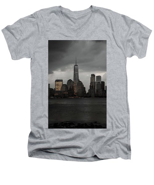 A New York Mood Men's V-Neck T-Shirt